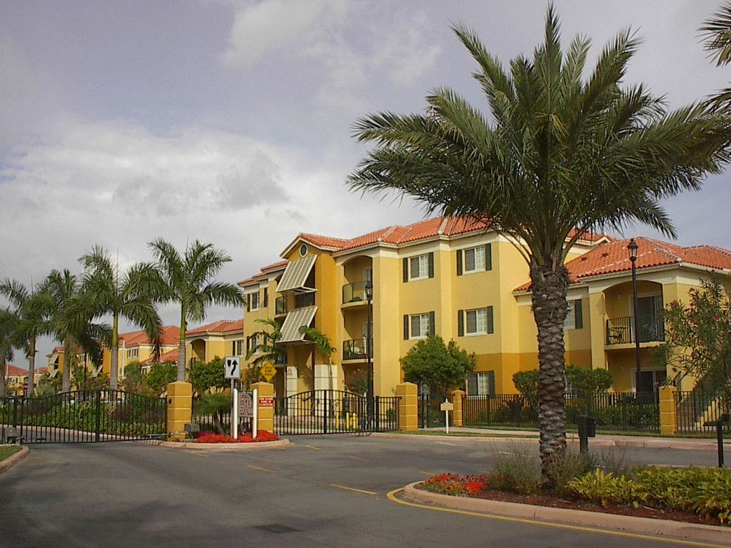 Palm Gardens Apartments Doral